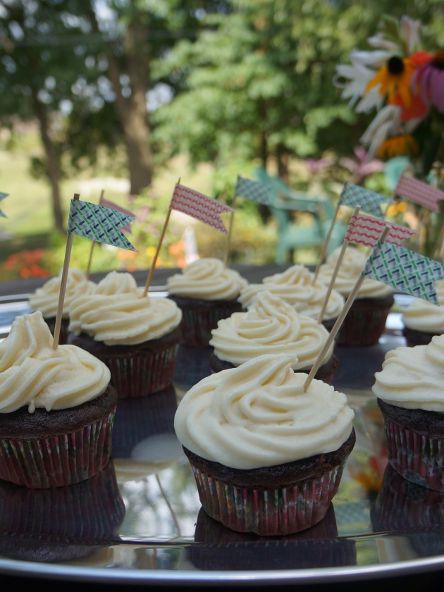 Beat the heat! Cream cheese frosting filled cupcakes can withstand the warm weather with CateringStone!